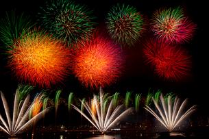 花火 足立の花火の写真素材 [FYI02652495]