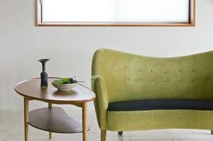 ソファとテーブルの写真素材 [FYI02652496]