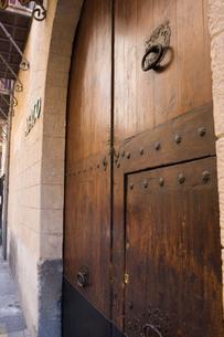 重厚な扉の写真素材 [FYI02652866]
