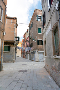 ヴェネツィアの家並みの写真素材 [FYI02653395]