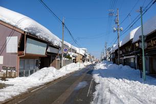 除雪した道の写真素材 [FYI02654397]