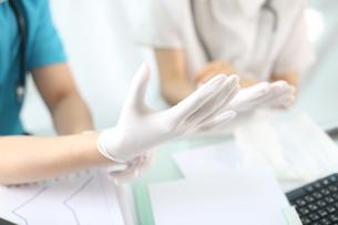 外科手術前の外科医イメージの写真素材 [FYI02654416]