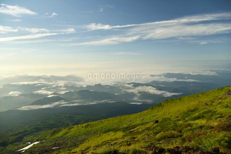 鳥海山からの展望の写真素材 [FYI02655396]