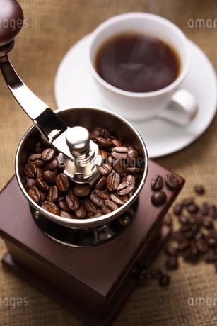 コーヒーミルの写真素材 [FYI02656037]
