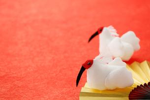 ちりめん細工の朱鷺の写真素材 [FYI02656175]