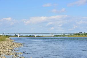 フェニックス大橋と信濃川の写真素材 [FYI02656736]