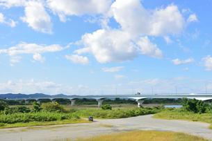 フェニックス大橋と信濃川の写真素材 [FYI02657285]
