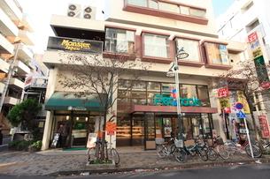 大丸ピーコック恵比寿店の写真素材 [FYI02659508]