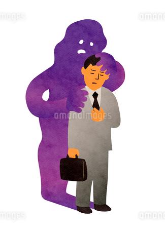 胸に手を当てるビジネスマンと紫色の病気のイメージのイラスト素材 [FYI02659972]