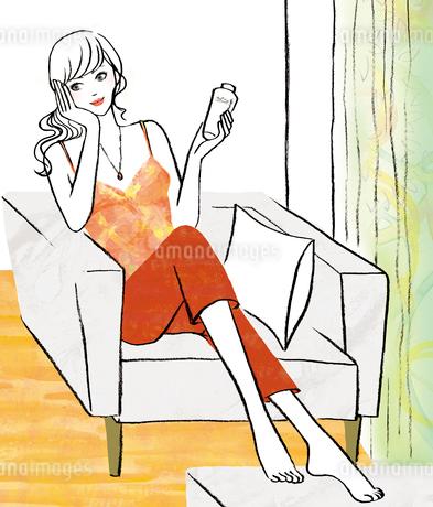 部屋で化粧水をつける女性のイラスト素材 [FYI02660049]