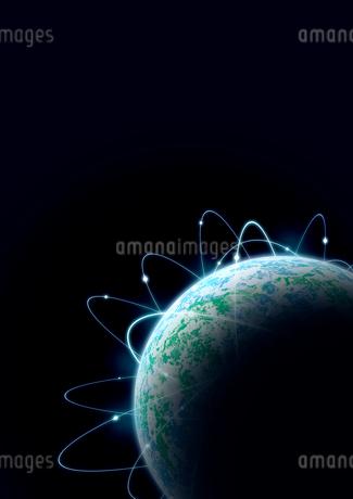 光の行き交う地表を色分けしたリアルな地球のイラスト素材 [FYI02660069]
