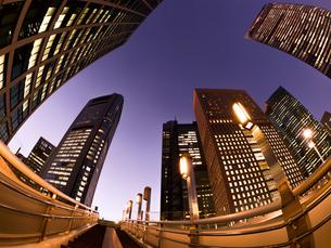 東京都 汐留の高層ビル街の写真素材 [FYI02660378]