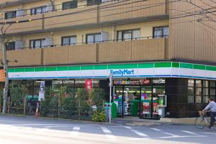 ファミリーマート新代田駅前店の写真素材 [FYI02660405]