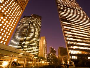 東京都 汐留の高層ビル街の写真素材 [FYI02660429]