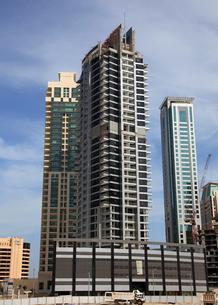 ドバイの超高層ビル(Skyview Tower)の写真素材 [FYI02660891]