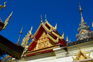 寺院のワット・プラ・タート・ドイ・ステープの写真素材 [FYI02660979]