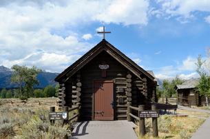 グランドティトン国立公園のトランスフィギュレーション礼拝堂の写真素材 [FYI02661114]