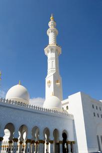 シェイクザイードグランドモスクの建物の写真素材 [FYI02661258]