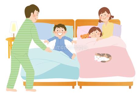 家族と寝室のイラスト素材 [FYI02661420]