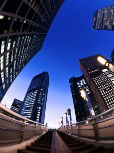 東京都 汐留の高層ビル街の写真素材 [FYI02662050]