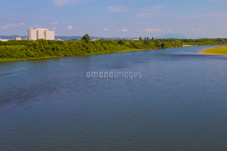 大手大橋から見た信濃川の写真素材 [FYI02662389]