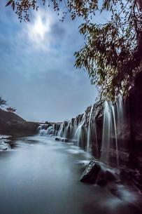 黒滝の夜景の写真素材 [FYI02662421]