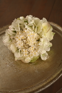 春の花のブーケの写真素材 [FYI02662470]
