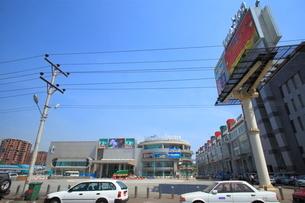 ジャンクション・スクエア(ショッピングセンター) ヤンゴンの写真素材 [FYI02662755]