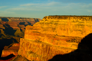 グランドキャニオン国立公園のモハーベポイントから夕日の展望の写真素材 [FYI02662970]
