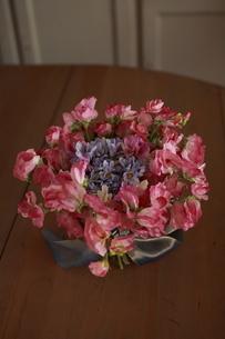 造花のブーケアートフラワーの写真素材 [FYI02663000]