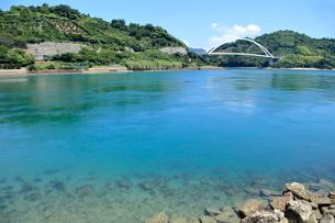 安芸灘とびしま海道 中の瀬戸大橋の写真素材 [FYI02663739]