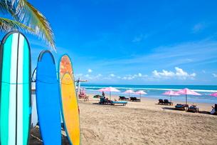 インドネシア バリ島 スミニャックビーチの写真素材 [FYI02663822]