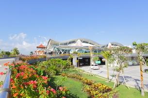 インドネシア バリ島 デンパサール国際空港の写真素材 [FYI02663861]