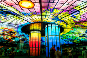 世界で二番目に美しい美麗島駅の写真素材 [FYI02663967]