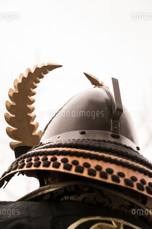 戦国イベントの兜後ろ姿の写真素材 [FYI02664049]