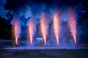 戦国イベントの豊橋手筒伝統花火の写真素材 [FYI02664379]
