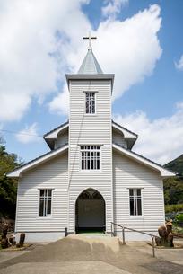 上五島の中の浦教会正面の写真素材 [FYI02664697]
