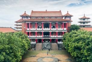 八卦山公園の大仏殿の写真素材 [FYI02664769]