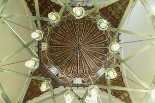 イェシルジャーミィの天井装飾の写真素材 [FYI02664791]