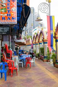 リトルインディアの飲食街の写真素材 [FYI02665143]