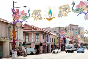 リトルインディア セラングーンロードの商店街の写真素材 [FYI02665245]