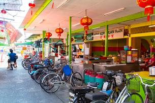 クタム島(カニの島)の海鮮食堂街の写真素材 [FYI02665963]