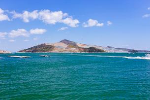 鳥羽湾と菅島の写真素材 [FYI02666011]