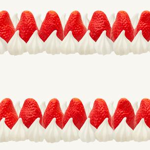 ショートケーキのパターン スイーツデコの写真素材 [FYI02666323]