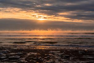 大津海岸の朝の写真素材 [FYI02666663]