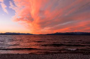 バリローチェのナウエル・ウアピ湖の写真素材 [FYI02666693]