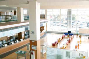 病院のロビーの写真素材 [FYI02666710]
