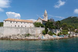 ロプト島、カトリック教会と修道院の写真素材 [FYI02666971]