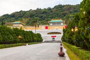 台湾 国立故宮博物院 コンコースの写真素材 [FYI02667007]