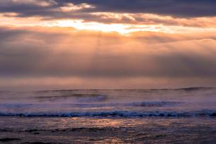 大津海岸の朝の写真素材 [FYI02667795]